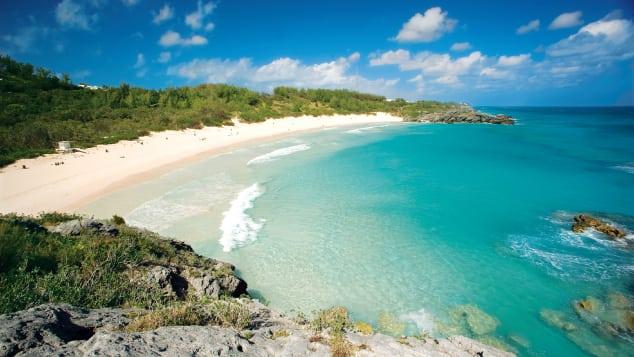 http___cdn.cnn.com_cnnnext_dam_assets_170524172001-bermuda-horseshoe-bay-beach